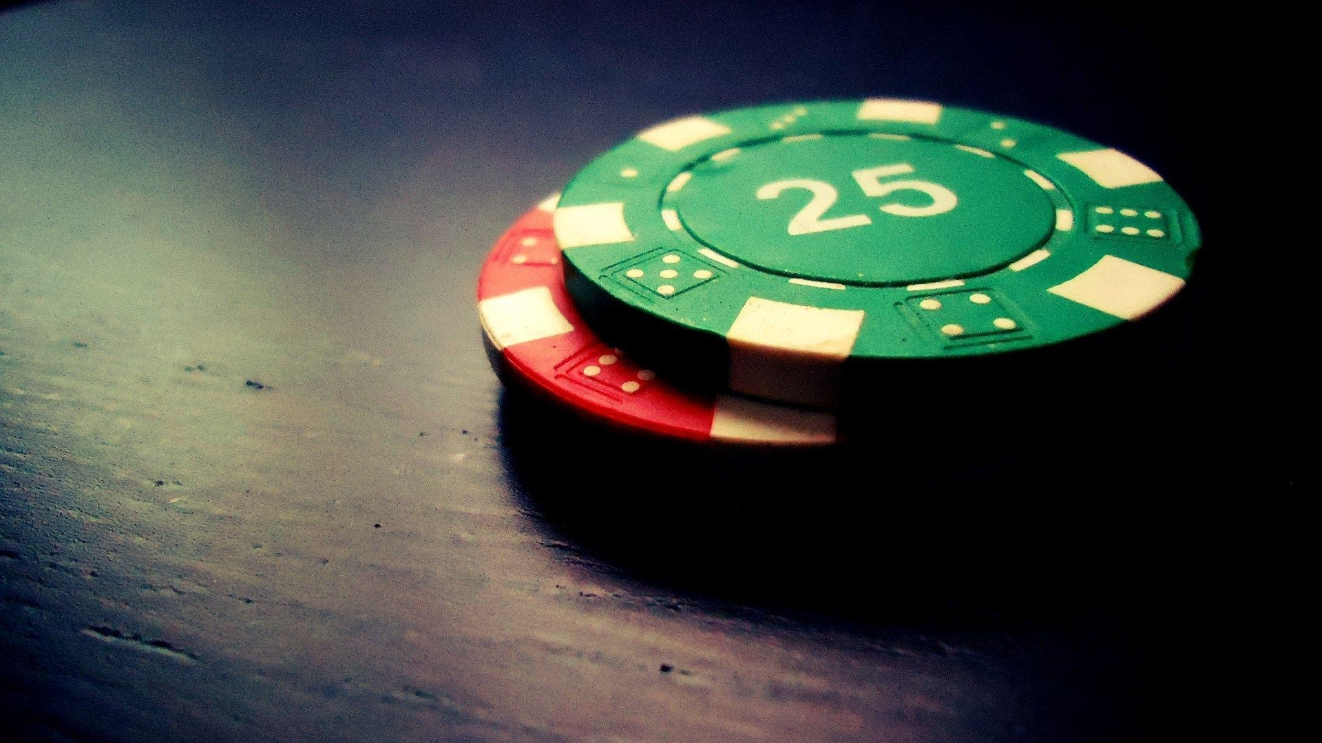 Reasons for Growing Popularity of Online Poker Outlets