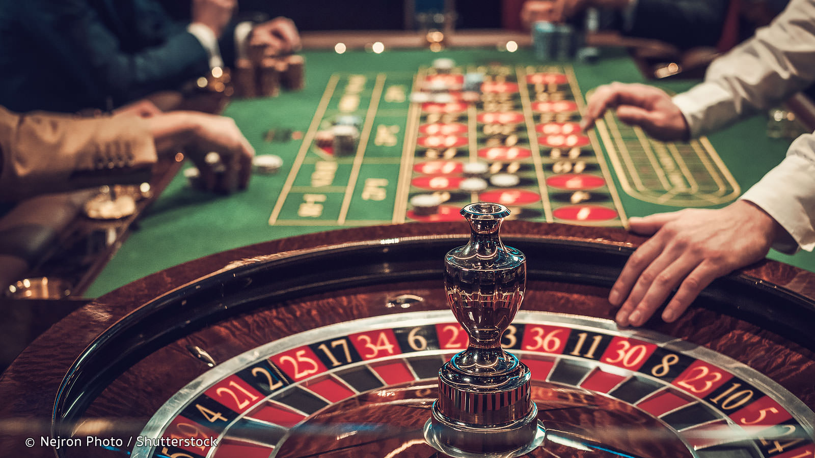 Why Is Dominoqq One Of The Best Online Gambling Platforms?